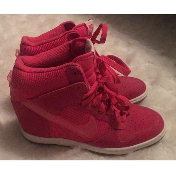 new styles ee863 972d0 NIKE Dunk Sky Hi High Wedge shoes. M 5c1729983e0caa618c833110
